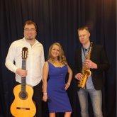 <p>С гитаристом Павлом В. и саксофонистом Борисом С.</p>